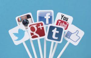 Social-Media-1392x887